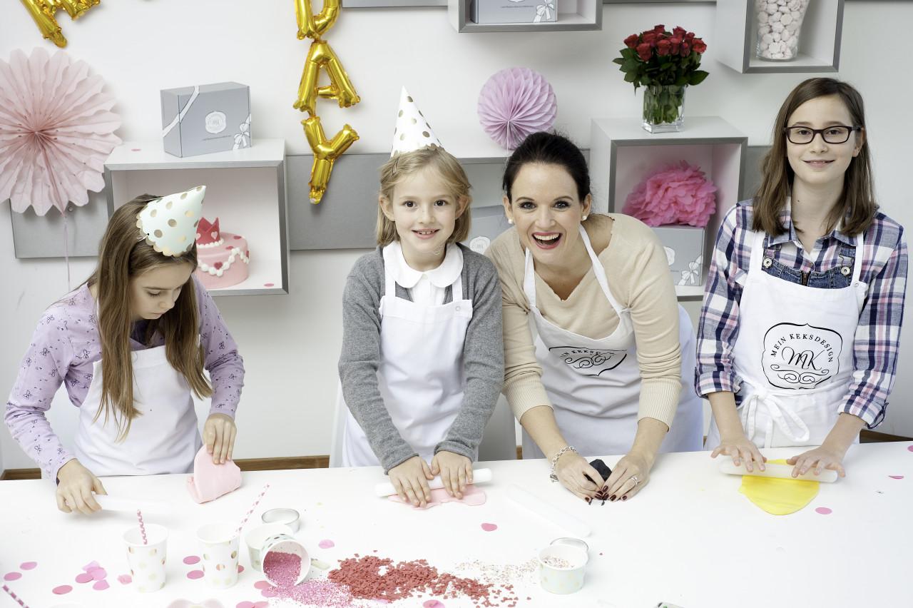 Kinder Backkurs als Geburtstagsparty für Kids 5 - 10 Jahre, Kekse Cookies und Cupcakes in München