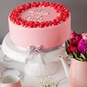 Fondant Torte mit Rosen zum Geburtstag für Geburtstagsgrüße und Geburtstagswünsche,, Motivtorte für besondere Anlässe