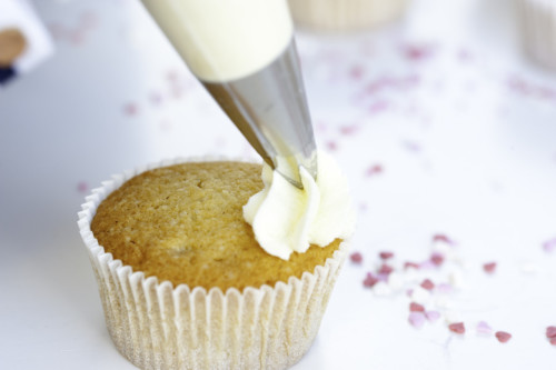 Mein Keksdesign Vanille Cupcakes mit Frischkäsecreme Stephanie Juliette Rinner, Backschule München