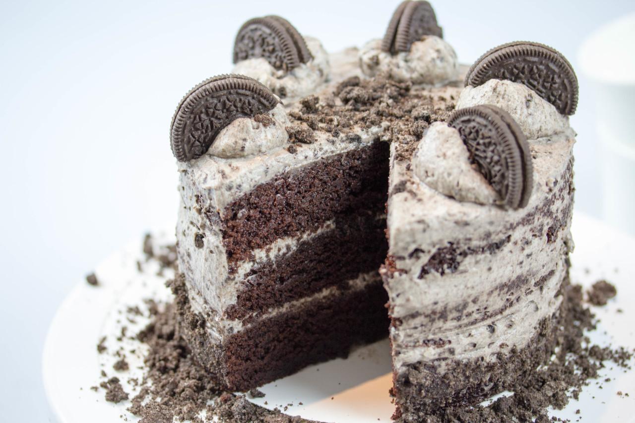 Oreo Kuchen Naked Cake Mit Schokolade Und Kekse