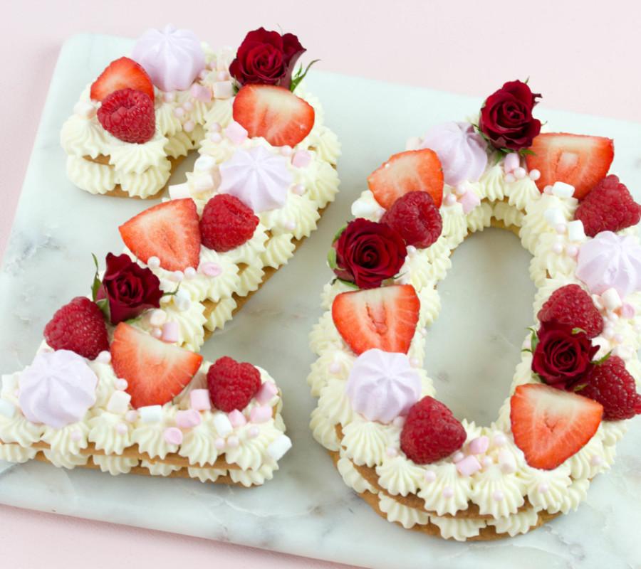 Foodtrend Tarte mit Früchten als Kekstorte oder Fruchttarte, Kuchentrend 2018