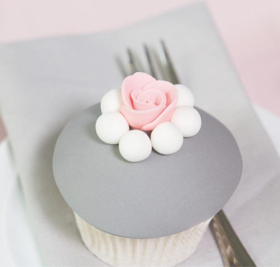 Backkurs für Cupcakes mit Creme Topping und Fondant Dekoration