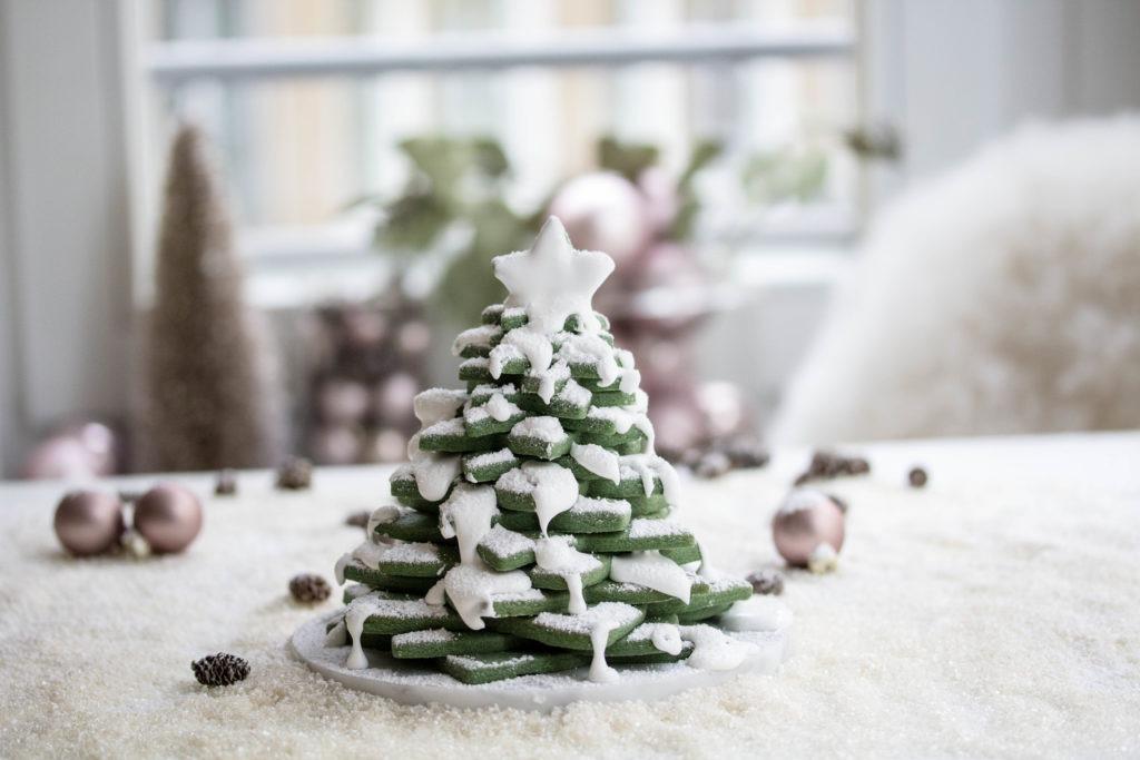 Keksrezept als Christbaum für Weihnachtsdeko