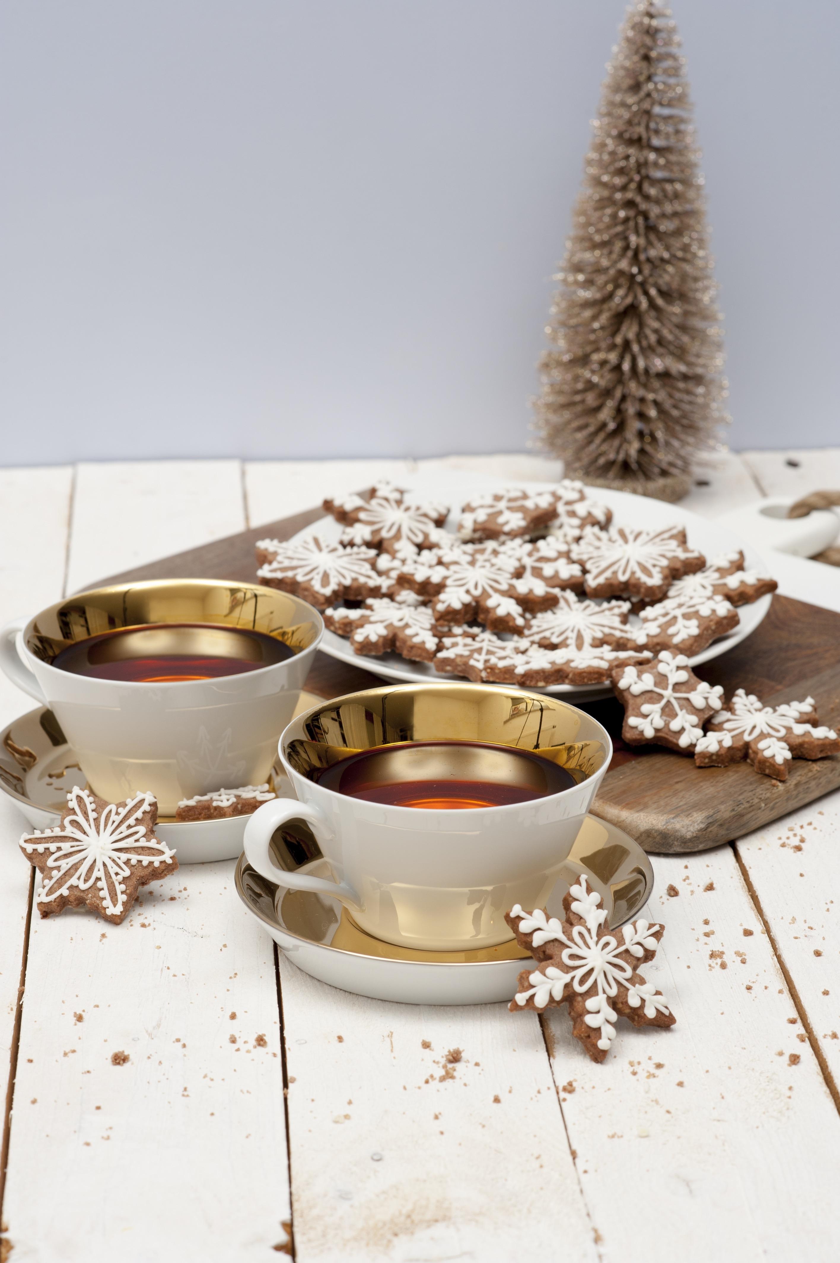 Edle Weihnachtsdeko 2019.Edle Weihnachtsdeko Mit Arzberg Porzellan Und Lebkuchenkekse