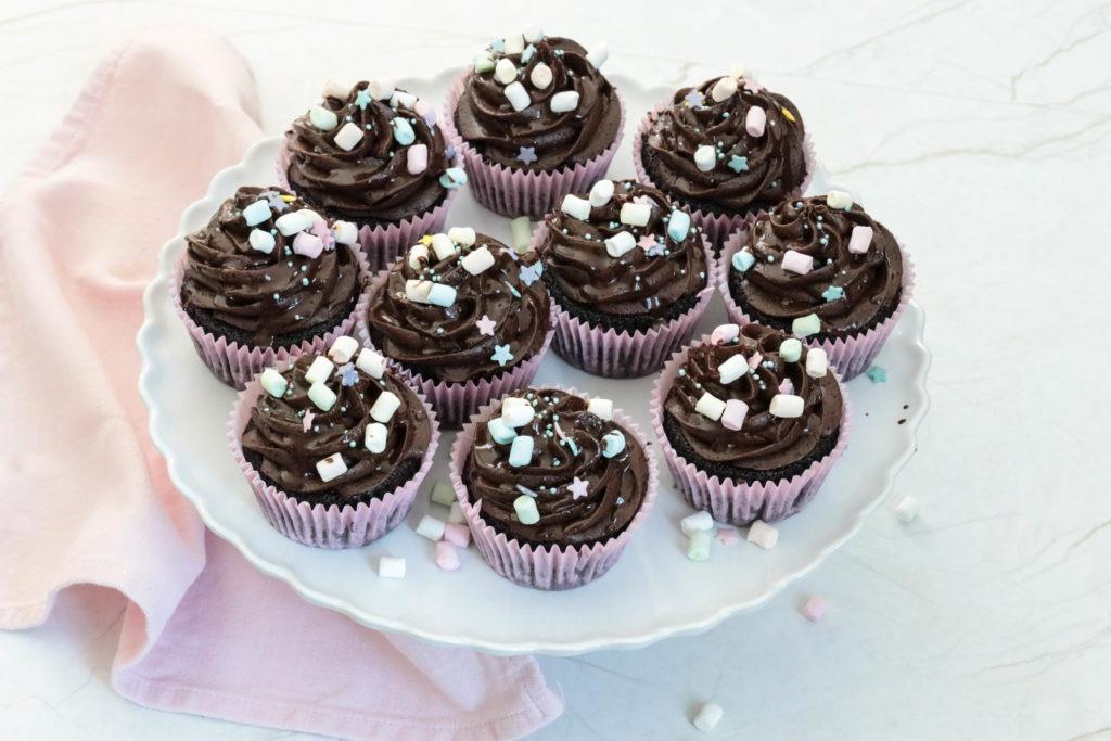 Lecker Cupcakes mit Marshmallows