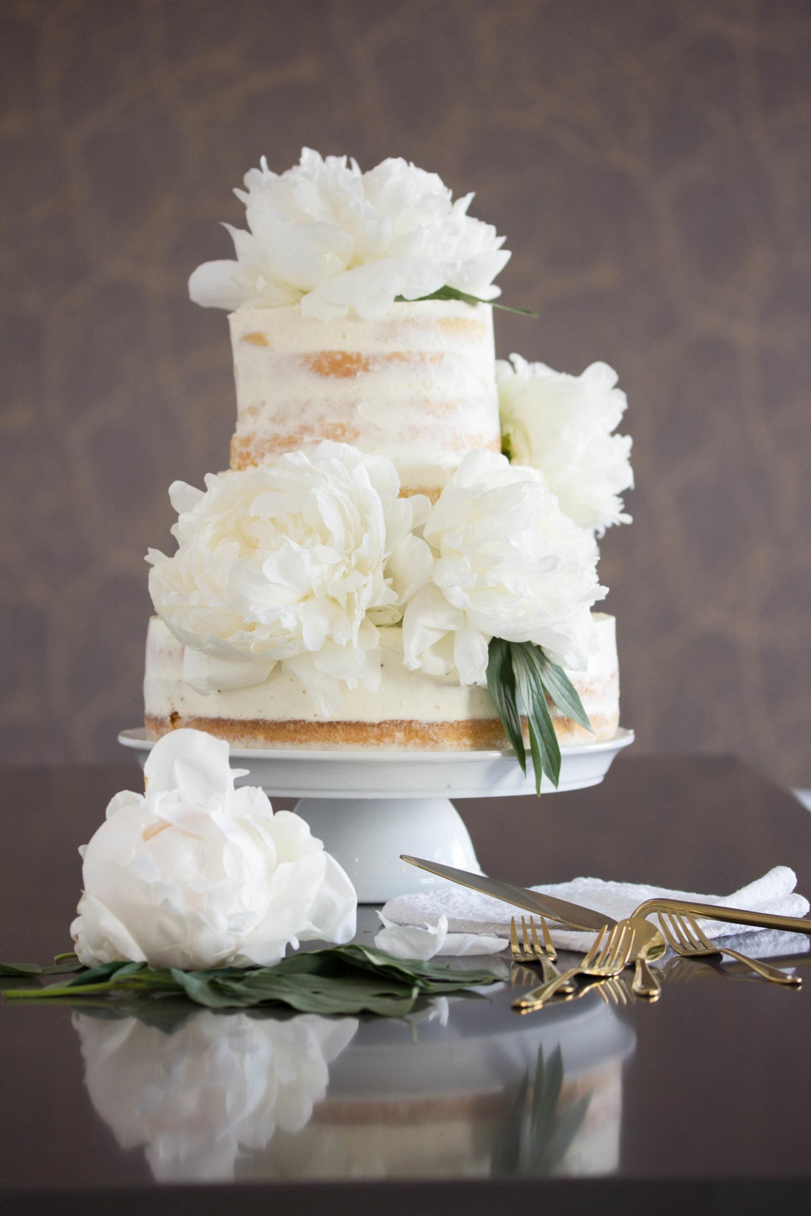 Rezept Hochzeitstorte Semi Naked Cake Mit Pfingstrosen
