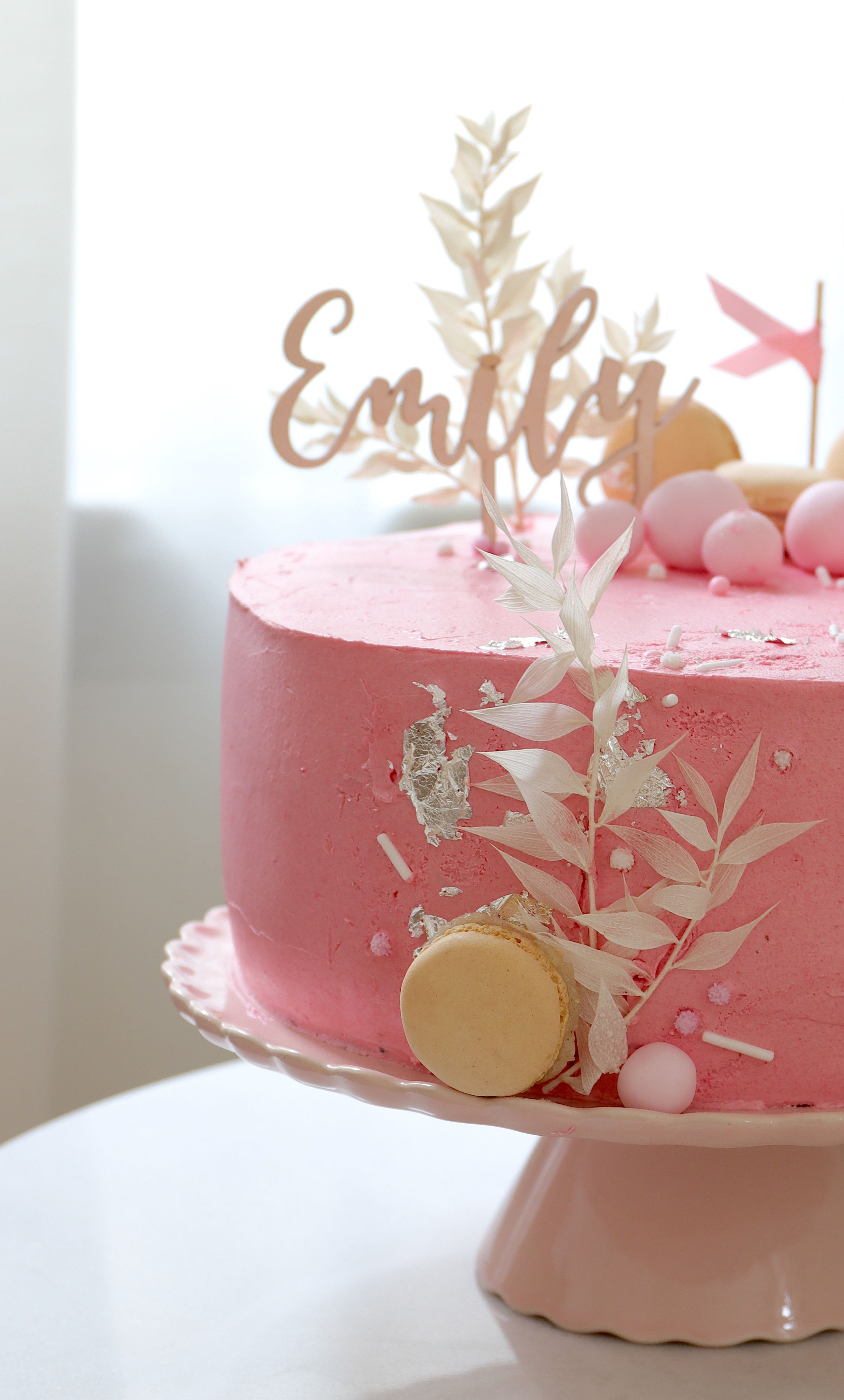 Rezept Torte Taufe mit Biskuit in Rosa